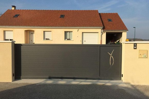 Pose de porte de garage sectionnelle Dijon